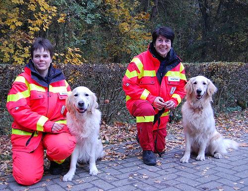 Meike Polter mit Kalle und Margit Squarra mit Avy